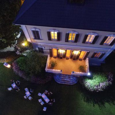 Villa Umberto di notte con il drone